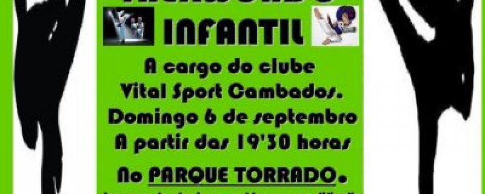 EXHIBICIÓN DE TAEKWONDO INFANTIL NO PARQUE DE TORRADO