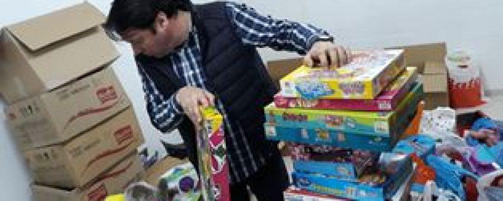 Cambados recolleu máis de 2600 QG de alimentos e máis dun cento de Xoguetes polo Nadal