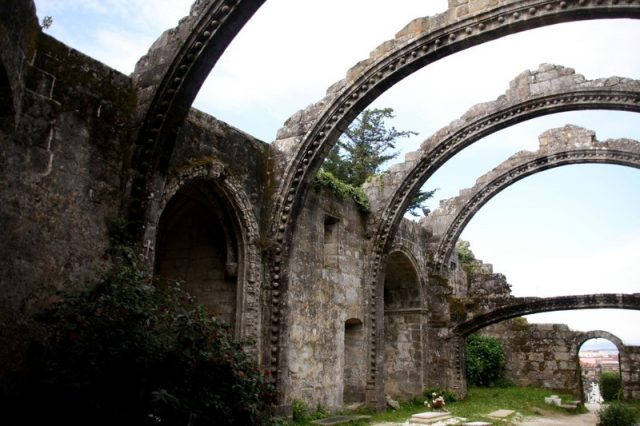 Ruínas de Santa Mariña