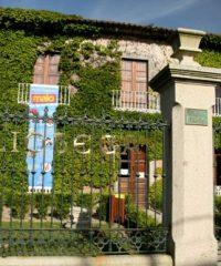 Biblioteca Municipal Luís Rei