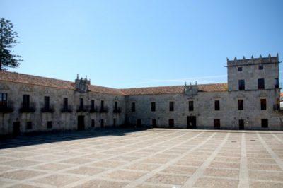 Fefiñáns Square